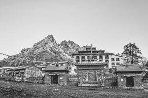 Tibetan Buddhist Monastery situated amongst the Himalayan mountains, Nepal